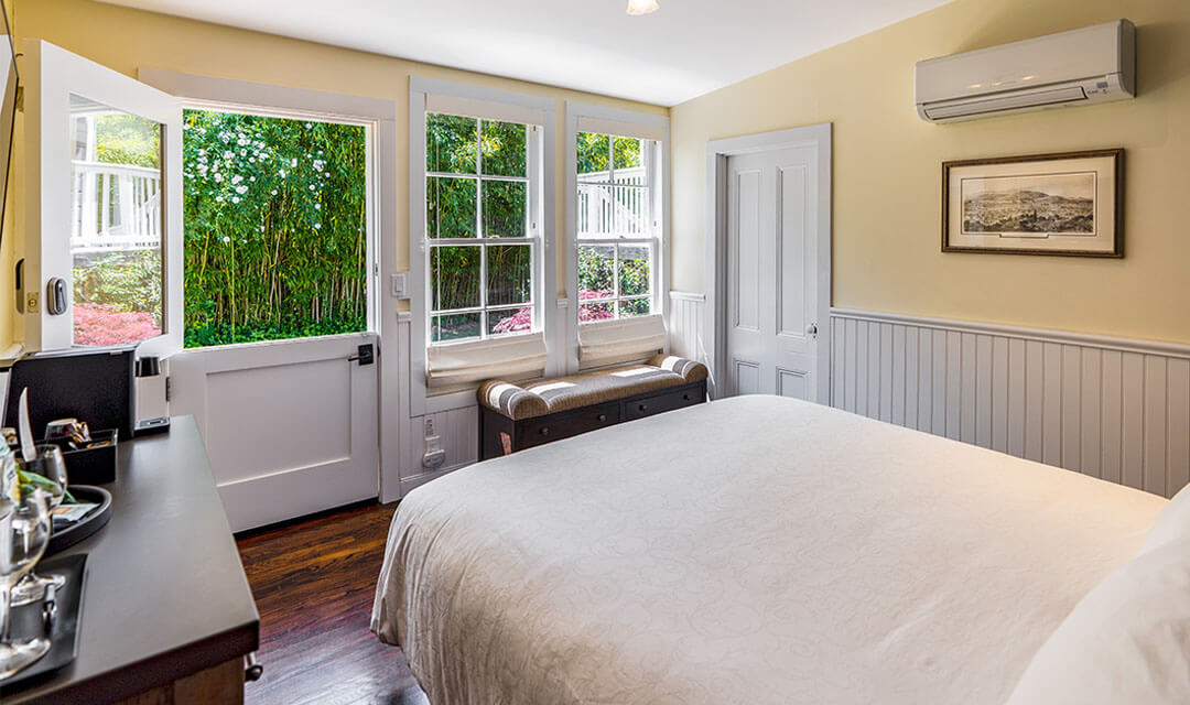Cottage King Room 4
