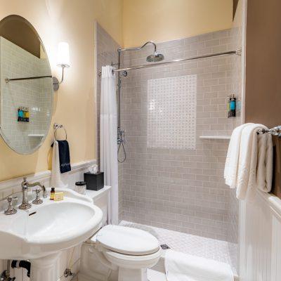 Brannan Cottage Inn - Room 1 Interior Bathroom