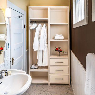 Brannan Cottage Inn - Room 2 - Bathroom